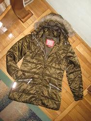 Фірмова якісна куртка