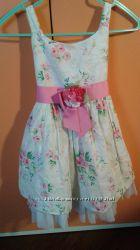 Очень красивые брендовые нарядные платья 2-5 лет