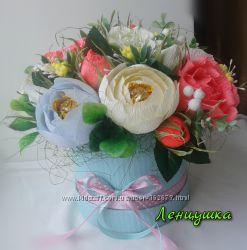 Букет цветов с конфетами Раффаэлло