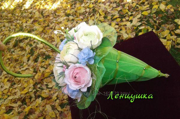 Сладкий зонтик с конфетами раффаэлло