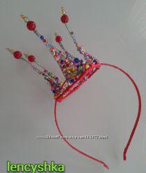 Корона из бусин и бисера на ободке для утренников и новогодних вечеринок