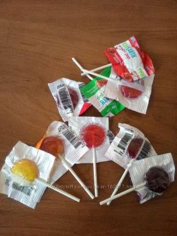 Органические леденцы штучно YumEarth от IHerb Америка по 10 шт
