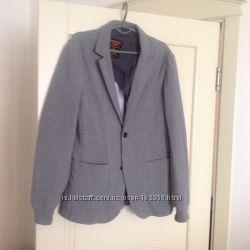 Продам мужской пиджак Bershka