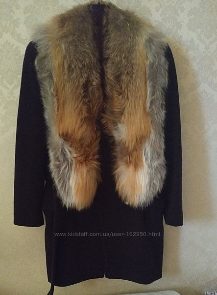 Итальянское пальто с натуральным мехом лисы