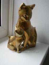 Кошка с котенком, бронза, Англия, большая