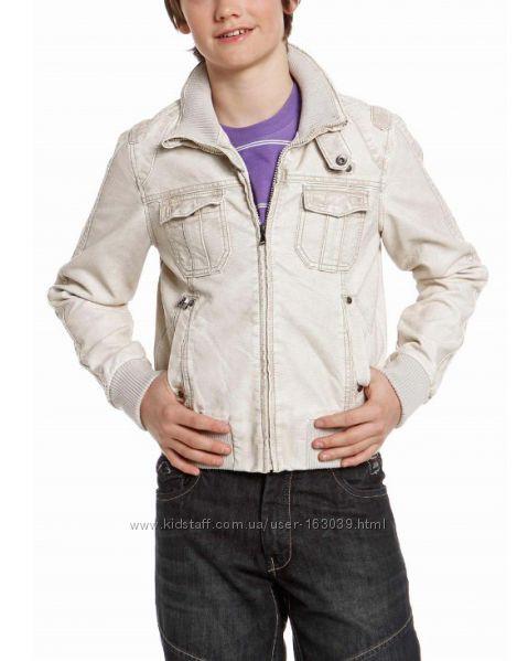 Демисезонные куртки под кожу для подростков с C&A, выбор моделей, размеров