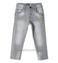 Серые джинсы для мальчиков с немецкого сайта C&A, размер 104