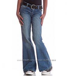 Расклешенные женские джинсы в отличном состоянии, размер 46
