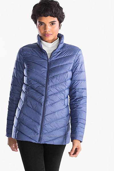 Фирменная демисезонная пуховая курточка приятного цвета с C&A, р-ры S, M