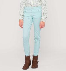 Мятные джинсы для весенней погоды с немецкого сайта C&A, р-р 152