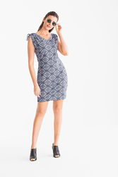 Отличное легкое платье, хлопок, очень приятное, размер S, идет на М или 48