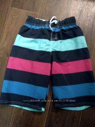 Продам плавательные шорты новые 152 рост