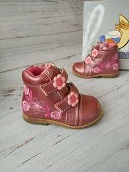 Акция 18р, 11 см Ботинки для девочек Сказка R386135001MP