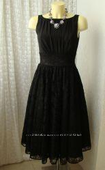 Платье черное нарядное кружево Swing р. 42-44 7605