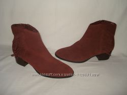38. 5-39 р. 25, 3 см. новые фирменные демисезонные замшевые ботиночки челси