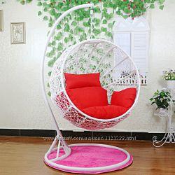 Подвесное кресло шар из ротанга