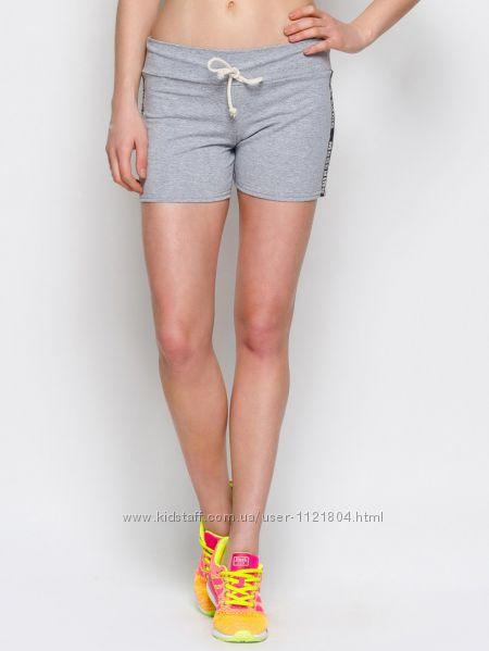 Женские шорты с лампасами из трикотажа  светло-серый меланж
