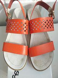 Босоніжки сандалі betsy р. 38 24, 5см