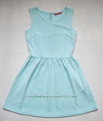 Короткое мятное платье от Оstin