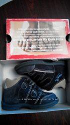 Демисезонные ботиночки SuperFit с ортопедической стелькой
