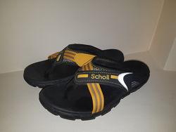 Мужская обувь  шлепанцы  Scholl