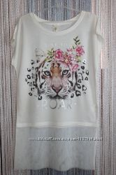 Красивая белая туника с принтом тигра, и фатиновой юбкой. Размер 9-10