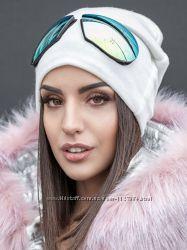 Модная шапка с очками