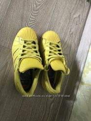 Кроссовки adidas super star pharrell williams 35 р. 22 см