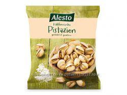 Фисташки , арахис соленый Alesto, clarkys Pistazien