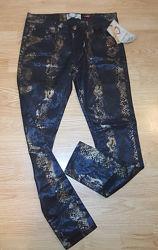 Новые джинсы Boohoo.