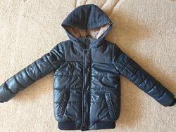 Куртка Zara р. 7л. 122 см