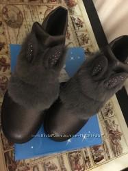 Стильные деми ботиночки Bessky с мехом и ушками 27-30 размеры