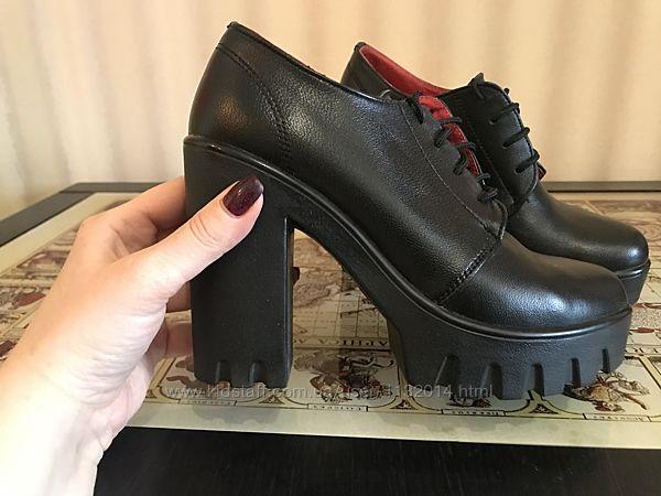 Кожаные ботильоны туфли 37 размер в отличном состоянии