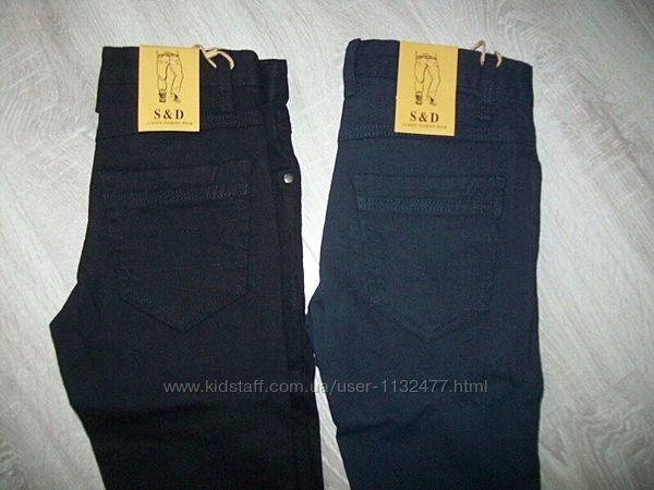 брюки в школу, модель джинсами р 6  Венгрия