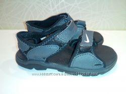 оригинальные босоножки Nike uk 7, 5 eur 25 на ножку 14 см стелька 16, 5 см