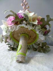 Букет невесте розы и гортензия