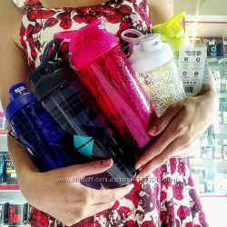 Спортивный шейкер - бутылка для воды BlenderBottle Signature Sleek 840 мл