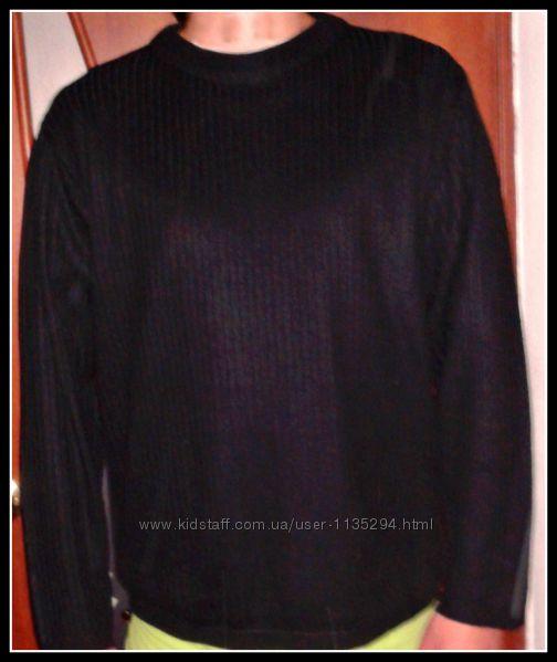 Стильный свитер черный, тонкая вязка TRICOT.