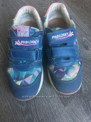 Продам кроссовки Pablosky 34 размер