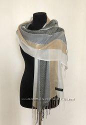 Нежный женский шарф палантин