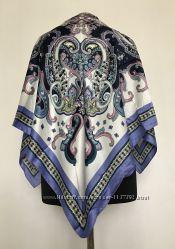 Женский платок с узором