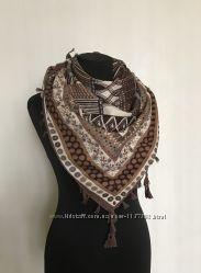 d0e072d40401 Стильный женский платок с абстрактным узором, 105 грн. Женские ...