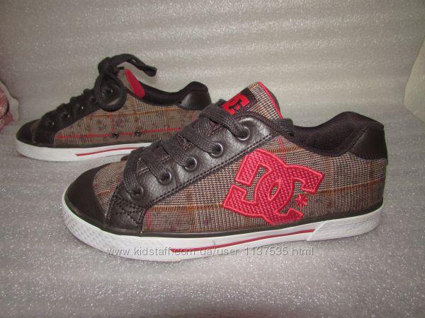 Фирменные классные кеды  dc shoes  р 36