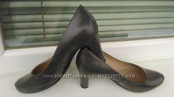 Туфли 40 кожаные unisa Испания