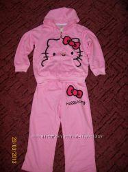 Продаю костюмчик на девочку с Hello Kitty, хороший подарок на Новый год