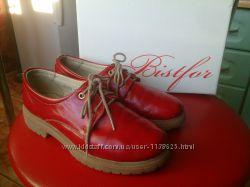 Продаю кожаные туфли фирмы Bistfor, размер 33, стелька 21, 5