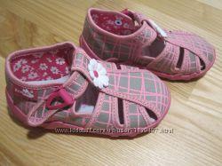Красиві польські текстильні капці Renbut арт. 13106 текстильные тапочки