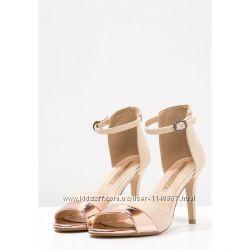 Босоніжки жіночі на каблуку BUFFALO бежевий