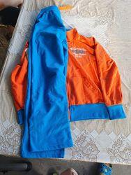 Трикотажный спортивный костюм 140р