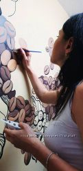 Рисую на стенах акрилом